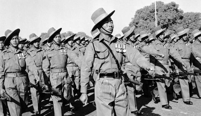 Pasukan Gurkha yang tergabung dengan pasukan Inggris - (Src: DW)