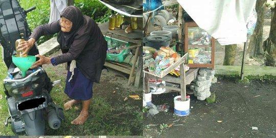 Nenek Renta Penjual Bensin di Bantul