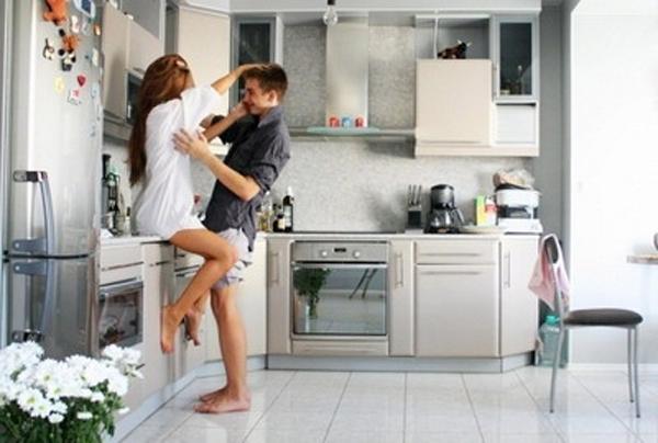 Sensasi Bercinta di Dapur - Bercinta Di Rumah Selain Di Kamar (Harapan Rakyat Blog)