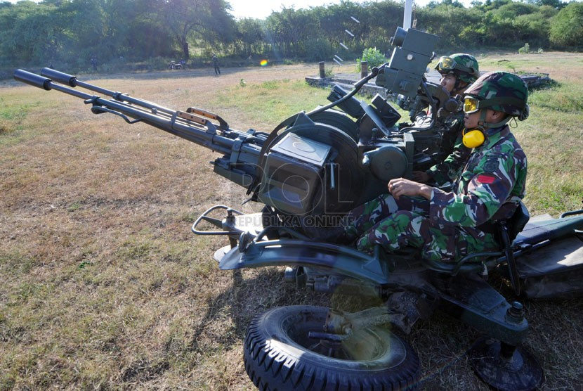Meriam Giant Bow 23mm Type 80 TNI AD - Republika Online (ROL)