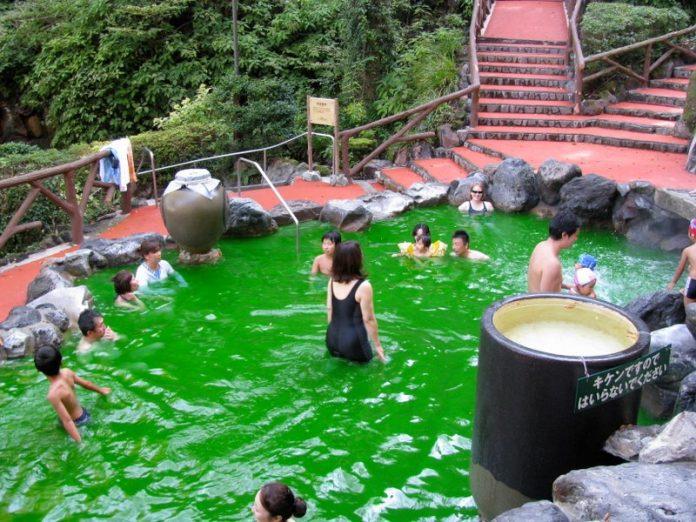Kolam Green Tea di Jepang