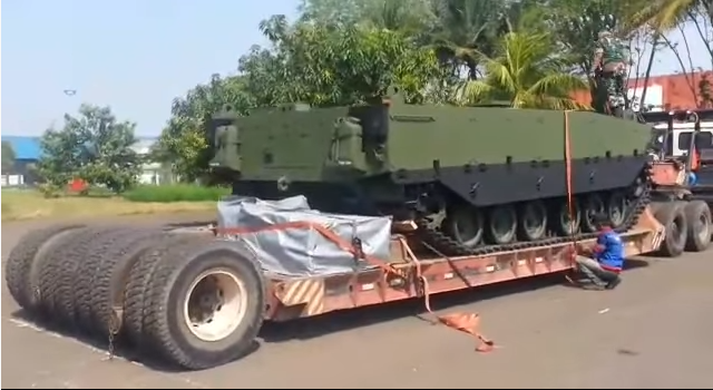 Hull Tank Medium Pindad-FNSS (photo Rizki Adhinegar)