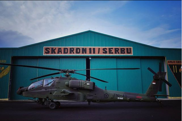 Helikopter Apache Indonesia - (Foto By @prio_isnandar - IG)