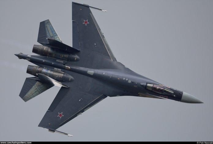 Jet Tempur Sukhoi Su-35 Rusia yang Akan Segera Indonesia Miliki - (Foto by wwwDOTczechairspottersDOTcom)