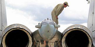 Perbandingan Mesin Pesawat Tempur Sukhoi Su-35 Vs F-22 Raptor