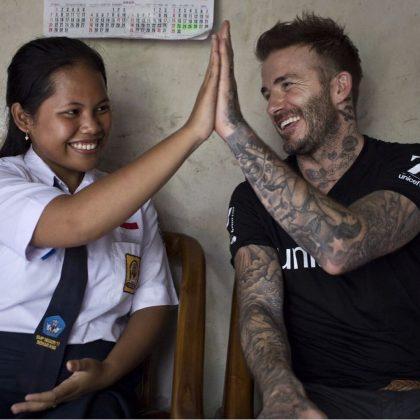 Tos Bareng David Beckham