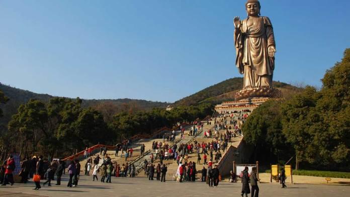 Spring Temple Buddha di Tiongkok @ cnnDOTcom