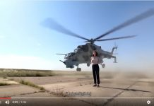 Reporter SBS TV Elmira Musazadeh Nyaris Tertabrak Helikopter Tempur
