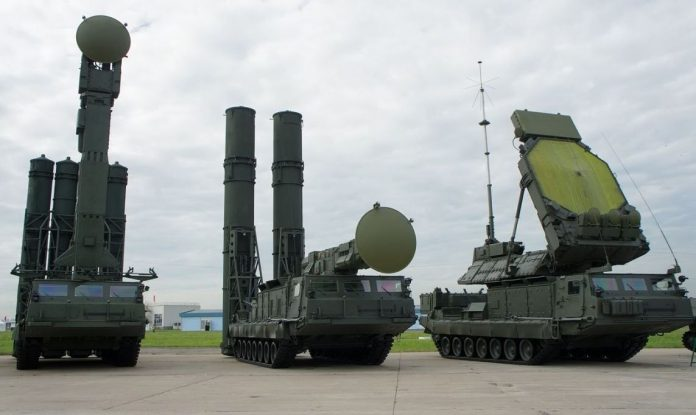 Apakah Sistem S-300VM Antey-2500 Rusia yang Dikirim ke Suriah - Img Source Pinterest Giga Moseshvili