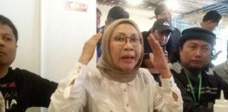 Ada Kecurigaan Wajah Lebam Ratna Sarumpaet Akibat Operasi Plastik - Sumber Gambar BreakingNews.co.id