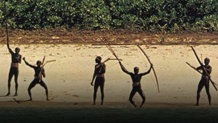 Suku Sentinel yang Terkenal Mengasingkan Diri dari Dunia Luar - Image Source BlueStoneMarbleDOTcom
