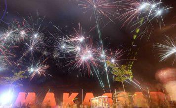 Tempat Menyaksikan Kembang Api di Losari Makassar - Src UlinUlinDOTcom