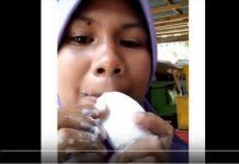Viral Perempuan Makan Sabun Mandi Kayak Makan Es Krim
