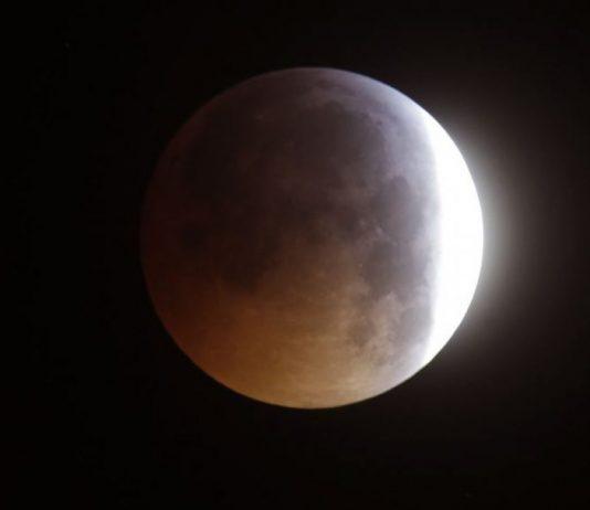 Puncak Gerhana Bulan