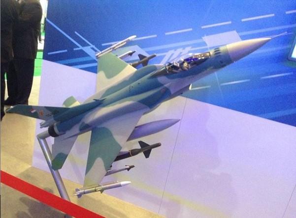 Miniatur F-16 Viper Blok 72 TNI AU (Src IG Eagles.idn)